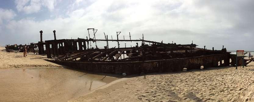 SS_Maheno_on_Fraser_Island_2013-12-30